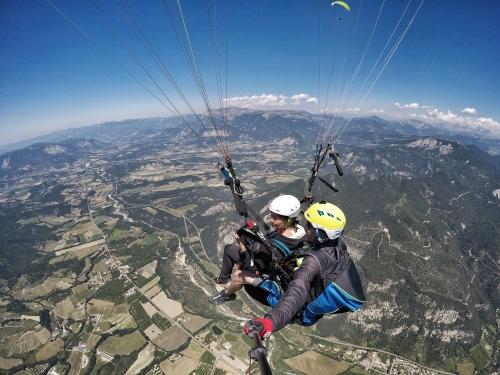 paragliding flight voucher